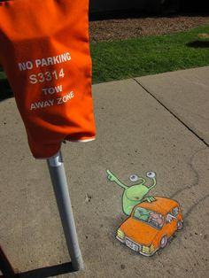 Chalk Drawn Sluggo of David Zinn can be seen in this post. His momentary Street Art is completely poised with chalk and charcoal. 3d Street Art, Amazing Street Art, Street Art Graffiti, Street Artists, David Zinn, Chalk Drawings, 3d Drawings, Art Banksy, 3d Chalk Art