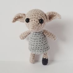 Crochet Toys Patterns Little Dobby Pattern – Yarnbroom - A make your own house-elf adventure! I've written two versions here – House Pride* and Pillowcase (wearing Harry's sock) – but I hope I've made it easy enough to mix a… Dobby Harry Potter, Peluche Harry Potter, Harry Potter Crochet, Harry Potter Dolls, Crochet Doll Pattern, Crochet Patterns Amigurumi, Crochet Dolls, Amigurumi Toys, Cute Crochet