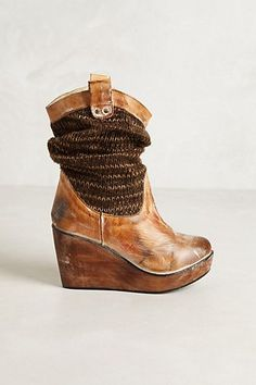 Slouchy Sweater Boots for the winter. These are too cute!