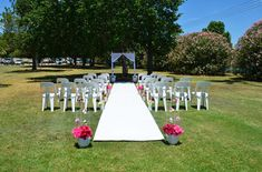 Read this need to know info to DIY your wedding rehearsal step by step Diy Your Wedding, Wedding Dj, Perfect Wedding, Wedding Ceremony, Wedding Venues, Wedding Ideas, Wedding Songs, Wedding Advice, Wedding Bells