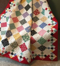 Diamond Patch Quilt Pattern Comes in 3 Sizes - Quilting Digest - - Diamond Patch Quilt Pattern Comes in 3 Sizes – Quilting Digest In Stitches Diamond Patch Quilt Pattern gibt es in 3 Größen – Quilting Digest Patchwork Quilt Patterns, Scrappy Quilts, Easy Quilts, Small Quilts, Vintage Quilts Patterns, Quilt Patterns Free, Quilts For Men Patterns, Charm Pack Quilt Patterns, Baby Patchwork Quilt