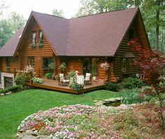 Home - Hiawatha Log Homes Log Cabin Living, Small Log Cabin, Tiny House Cabin, Log Cabin Homes, Cottage Homes, Cabin Design, House Design, Barn House Plans, Log Cabin Plans