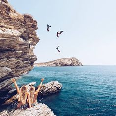 not all those who wander are lost - enjoying the summer with your best friends