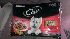 Paquete Cesar comida para perros con ternera y verduras.