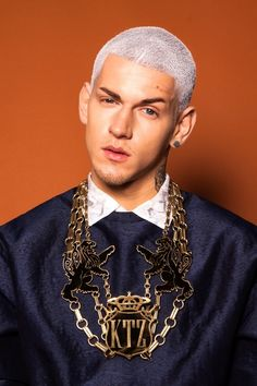 Silver white #man #hair