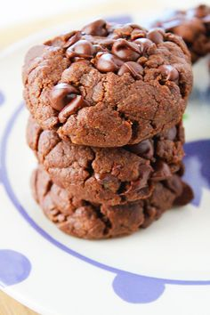 Flourless Double Chocolate Sunflower Seed Butter Cookies - Super-soft, brownie-like, extra chocolatey cookies, all without any flour, nuts, or dairy! Sunnysideups.org