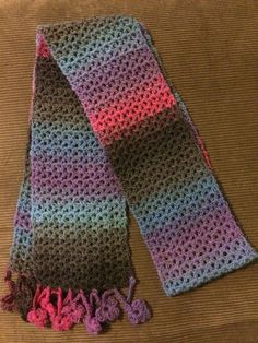 I love this easy & quick crochet scarf pattern. The pattern is free & meant to be an infinity scarf but I made a normal scarf & crocheted three petal flowers for the trim. by DeAnna Crabtree Crochet Lacy Scarf, Crochet Scarf Tutorial, Crochet Scarf For Beginners, Crochet Infinity Scarf Pattern, Quick Crochet, Crochet Beanie, Easy Crochet Patterns, Crochet Scarves, Free Crochet