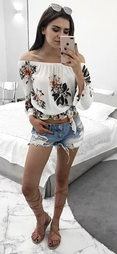 70d7a99be199c Chicnico Vintage Off Shoulder Bateau Floral Print Top