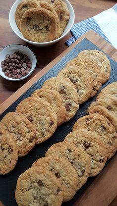Gluteenittomat suklaahippukeksit | Himoleipuri Vegan Treats, No Bake Cookies, Vegan Gluten Free, Food Porn, Food And Drink, Yummy Food, Sweets, Snacks, Baking