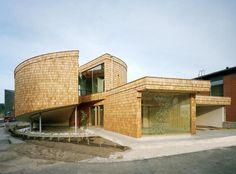 Interesting house...designed by Olavi Koponen.