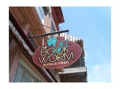 Bookworm Bookstore in Bellevue, Iowa.  That's right: IOWA.  My home state! <3