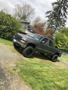 Chevy Pickups, Chevy Trucks, Funny Hunting Pics, 2002 Chevy Silverado, Country Trucks, Chevy 1500, Future Trucks, Truck Mods, Lifted Cars