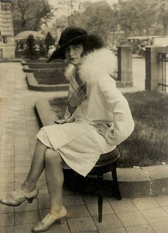 1920's Berlin - Photo by Herbert Hoffmann - @~ Watsonette