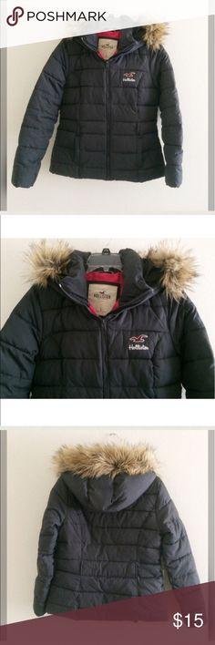 Hollister used womens coat size M . Hollister Jackets & Coats