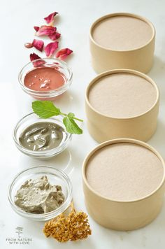 Making your own clay facial masks can be quick and easy. These three simple recipes can be used to help target common skin issues. Homemade Beauty, Diy Beauty, Beauty Hacks, Beauty Tips, Beauty Book, Beauty Ideas, Beauty Care, Diy Skin Care, Skin Care Tips