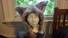 Fun fur animal hat with ears (with tutorial) - CLOTHING - Furry Animal Hood!I wanted to make a furry hood with animal ears to wear at Burning Man. I found lots of pictures for inspiration, but no patterns or Diy Costumes, Halloween Costumes, Costume Ideas, Grease Costumes, Woman Costumes, Couple Costumes, Pirate Costumes, Group Costumes, Couple Halloween