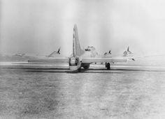 YB-40 The Dreamboat