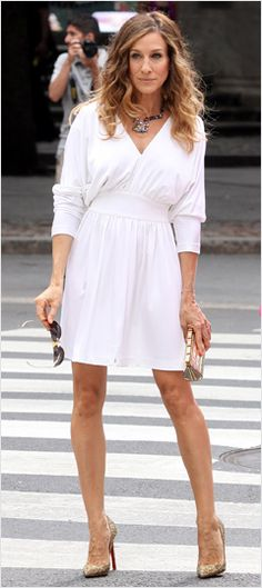 SJP as Carrie Bradshaw...loved this dress...bought it and wear it all the time..just so simple but white and fabulous!