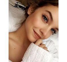 Zoom sur les make-up et coiffures les plus inspirants, postés par les stars et tops en vogue sur Instagram cette semaine…