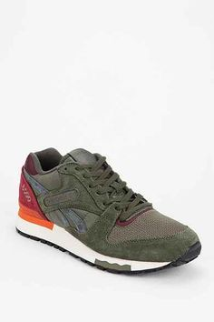 buy online d1d91 ba03f Shoes - Urban Outfitters Running Sneakers, Nike Shoes Outlet, Sneakers  Fashion, Reebok,