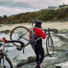 It does not matter where or how, just ride your bike.  pic:@caropaulette  #dressliveride #roadcycling #wymtm #roadporn #outsideisfree #givesyouwings #radfahren #cykling #ridebikes #bikeiscool #사이클링#自行车 #wielersport #Radfahren #pedaled #自転車 #bikeporn #ride
