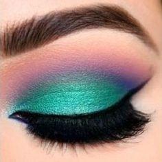 Eye Makeup Tips – How To Apply Eyeliner – Makeup Design Ideas Makeup Goals, Makeup Inspo, Makeup Art, Makeup Tips, Beauty Makeup, Hair Makeup, Makeup Ideas, Makeup For Eyes, 80s Makeup