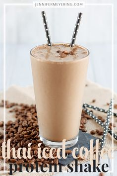 Thai Iced Coffee Protein Shake - 1 cup brewed cold coffee * 1 scoop chocolate protein powder 1 tsp ground cardamom tsp almond extract 1 cup ice to taste Protein Smoothies, Coffee Protein Smoothie, Iced Coffee Protein Shake Recipe, Healthy Protein Shakes, Coffee Shake, Protein Shake Recipes, Smoothie Recipes, Smoothies Coffee, Organic Protein