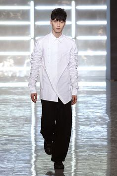 Byungmun Seo Fall Winter 2015 Otoño Invierno #Tendencias #Menswear #Trends #Moda Hombre - Seoul Fashion Week   M.F.T.