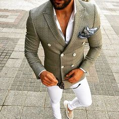 Rate this look 1-10 ✔️ tag someone who'd love this. Follow @hugue.watches for…