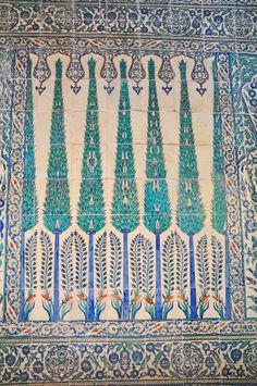 tile detail, harem, Topkapi Palace