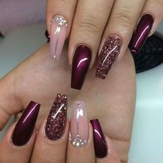 Gelnägel Muster Weinrot … - Most Trending Nail Art Designs in 2018 Fabulous Nails, Gorgeous Nails, Pretty Nails, Perfect Nails, Fancy Nails, Love Nails, Sparkle Nails, Style Nails, Crazy Nails
