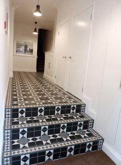 Communal hallway and gorgeous tiles. Stove, Terrace, Tiles, Kitchen Appliances, Interior, Balcony, Room Tiles, Diy Kitchen Appliances, Home Appliances