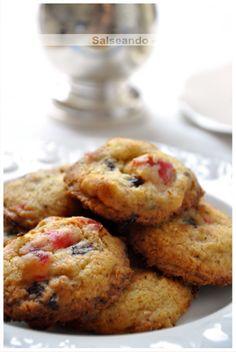 Salseando en la cocina: Galletas de mantequilla con chocolate y cerezas confitadas