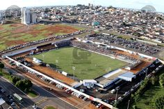 Estádio Maria de Lourdes Abadia - Ceilândia (DF) - Capacidade: 4 mil - Clubes: Brasiliense e Ceilândia