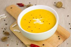Zayıflatan Çorba Diyeti ve Diyet Çorba Çeşitleri Tarifi – Çorba Tarifleri – Las recetas más prácticas y fáciles Chilli Soup Recipes, Thai Recipes, Creamy Pumpkin Soup, Fat Burning Soup, Toasted Pumpkin Seeds, How To Make Pumpkin, Red Lentil Soup, Best Dinner Recipes, Delicious Recipes