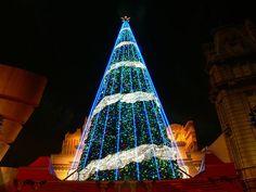 Fantasy Giant Christmas Tree illuminations Wallpaper 7 - Wallcoo.net