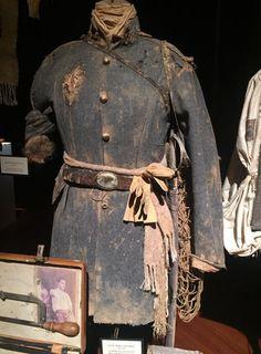 Civil war uniform , worn by William francis Oakes . killed in battle 1864 . Blanket uniform by Andrew Delaney