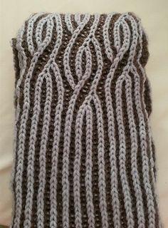 Ravelry: Brioche Twister pattern by Renée Callahan