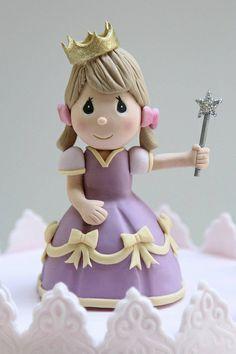 Princess figurine by Creative Cakes by Julie