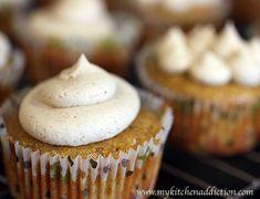 Pumpkin Cupcakes with Cinnamon Brown Sugar Buttercream | my kitchen addiction