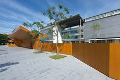 Kaohsiung American School Design Concept An international school strives to nurture its students to become world citizens through a community of teachers and classmates of various nationalities as well as diverse educational methods. The Kaohsiung Am