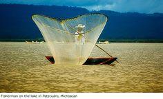 pescador-Patzcuaro-Michoacan- Mexico