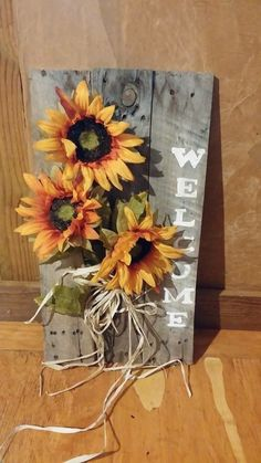 75 Crafty Stunning Dollar Store DIY Fall Decor Ideas DIY-ing your decor is completely a good idea. Sometimes pairing your fall decor with your usual decor can be hard. Fall is a lovely time . Fall Wood Crafts, Autumn Crafts, Pallet Crafts, Holiday Crafts, Diy Crafts, Pallet Ideas, Diy Pallet, Pallet Wood, Fall Pallet Signs
