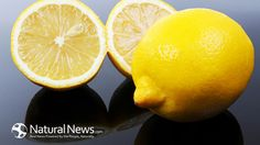 Who said a healthy diet and lifestyle is stressful and time-consuming? Check out the amazing health benefits of simply starting the day with warm lemon water! Natural News, Natural Cures, Natural Healing, Warm Lemon Water, Drinking Lemon Water, Health And Nutrition, Health And Wellness, Cranberry Lemonade, Cranberry Detox