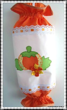 Crafts To Make And Sell, Diy And Crafts, Quilt Patterns, Sewing Patterns, Plastic Bag Holders, Quick Crochet, Fabric Bags, Applique Designs, Free Sewing