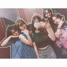 Lấy = follow [ Py ] Ulzzang Couple, Ulzzang Girl, Girl Photo Poses, Girl Photos, Best Friends Forever, My Best Friend, Best Friens, Korean Girl, Asian Girl