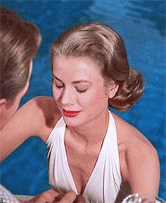 ♛ Grace Kelly as Tracy Like red in High Society (1956)