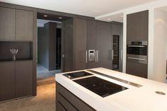 De schoonheid van een moderne tijdloze keuken