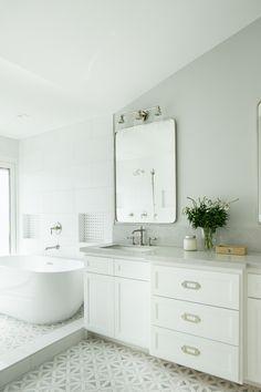 Category: Coastal Homes Design Bathroom, Master Bathroom, Bathroom Ideas, Cabinet Paint Colors, Door Paint Colors, Bathroom Inspiration, Interior Inspiration, Ranch Homes For Sale, Countertop Backsplash