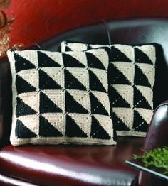 Love the simplicity of this geometric pattern. Look great on my couch! house magazines crochet cushion images - Google Search